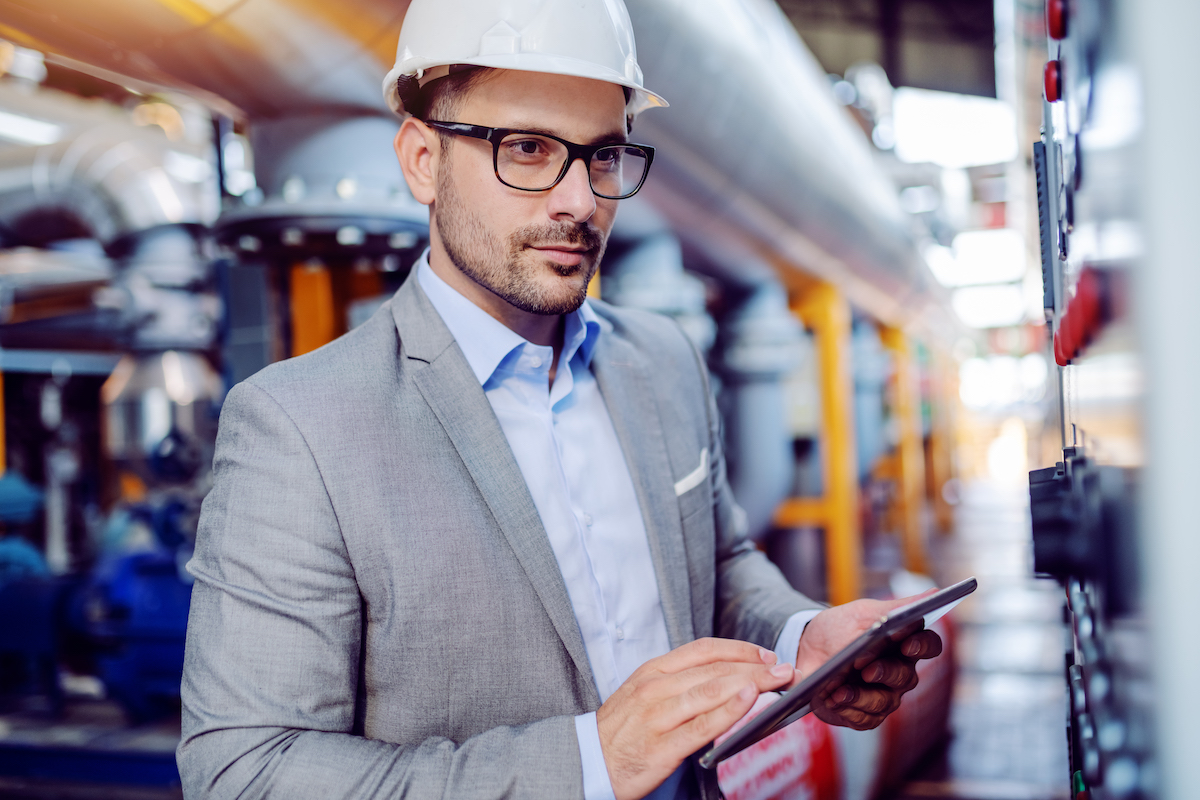 Machine learning in oil and gas industry